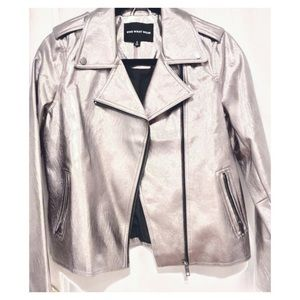 WHO WHAT WEAR Gunmetal faux leather jacket.